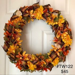 """Other - (#TW122) THANKSGIVING FALL 18"""" GRAPEVINE WREATH"""